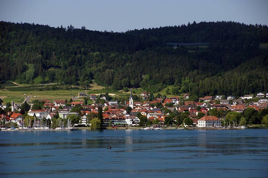Ludwigshafen mit Kirche Sankt Otmar