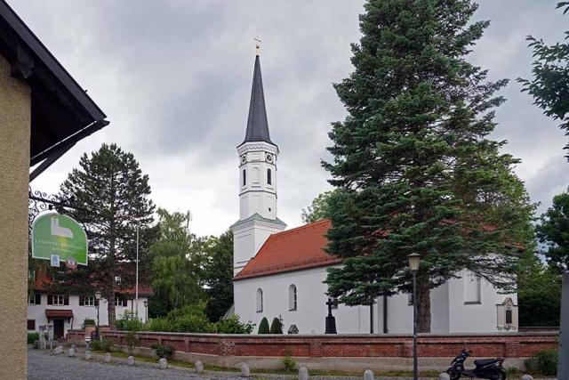 Sankt Martin Riem mit Nebenpatron Otmar - Aussenansicht