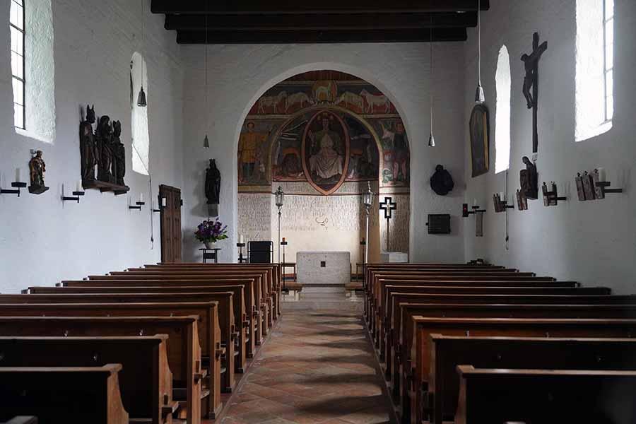 Martinskirche Riem - Innenansicht