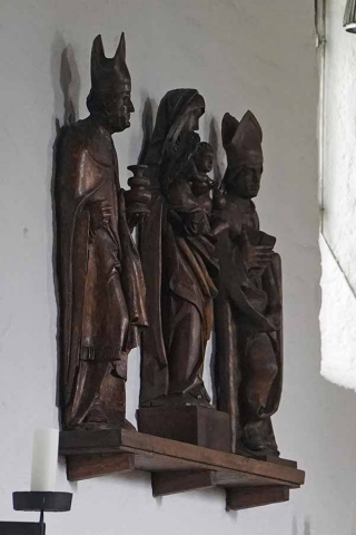 Figurengruppe mit Sankt Otmar in der Martinskirche Riem
