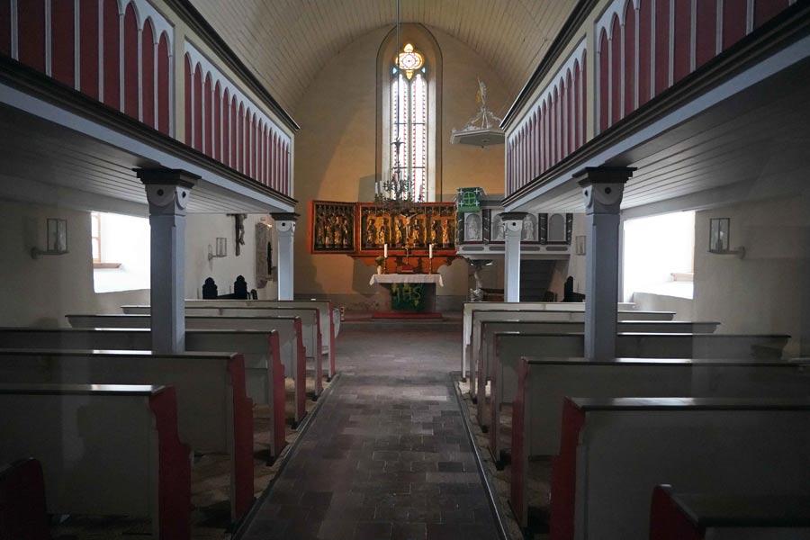 Innenansicht der evangelischen Kirche St. Othmar Dosdorf