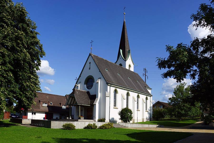 Pfarrkirche Sankt Gallus und Othmar Kaiseraugst, Aussenansicht